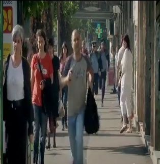 Maraton 3D - 2011 | Romania | 03:54 | Dir. Mihai Filoneanu.   Synopsis: An armed man is pursued by two policemen until he enters a kindergarten, where things take a surprising turn.