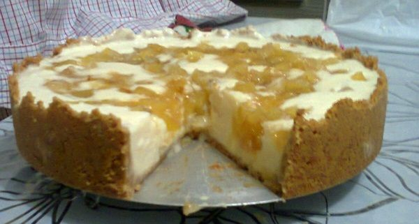 A Torta Cremosa de Abacaxi é uma delícia e não tem segredos. Faça para a sobremesa da sua família e deixe todos com água na boca! Veja Também:Torta Cremos