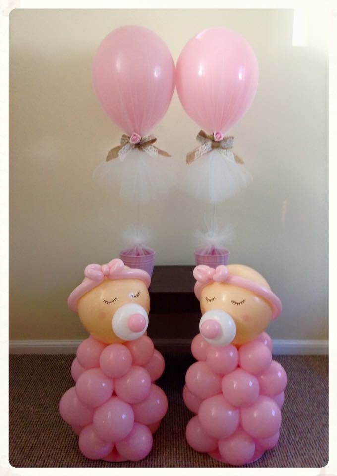 Baby shower balloon display. Created by BalloonBlooms.co.uk