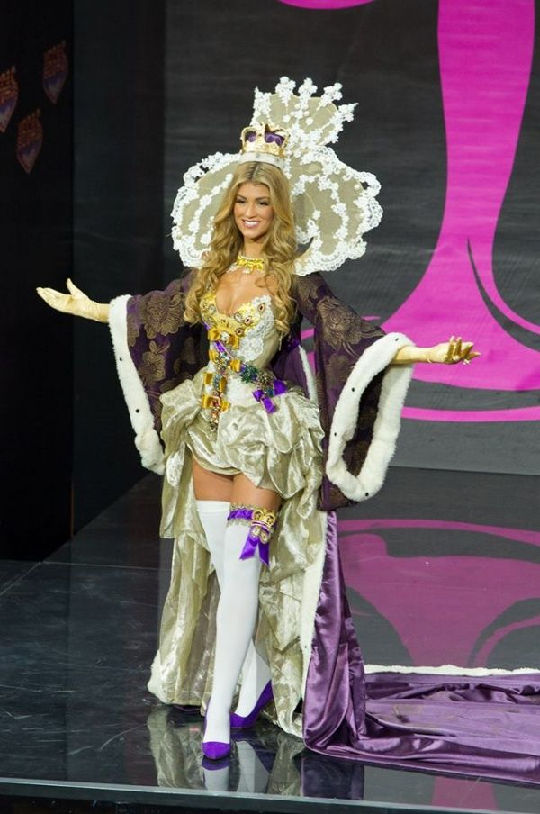 Great Britain national costume for Miss Universe 2013