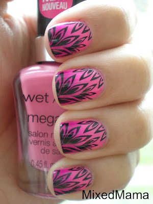 Black over pink stamping: Pink Gradient, Nails Art, Black Pink Stamps, Pink Nails, Polish Nails, Black Nails, Hair Nails, Black Pink Feathers, Nails Polish