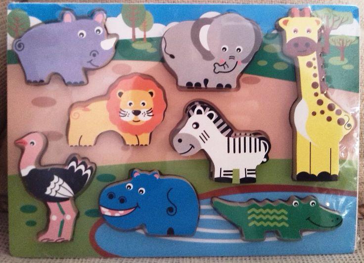 ENCAJE DE MADERA SELVA (12 €) http://www.babycaprichos.com/puzle-encaje-de-madera-animales-de-la-selva.html