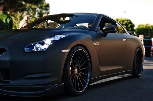 johnny-escobar: Mate Negro Nissan GT-R