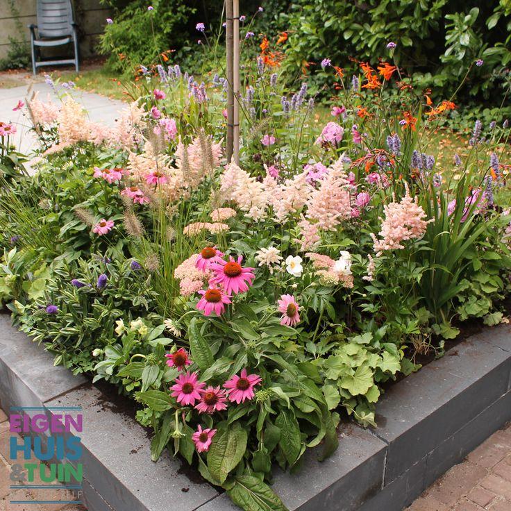 Bloemenborder bij Hannelore Zwitserlood thuis - Eigen Huis & Tuin - Aflevering 7 Seizoen 23