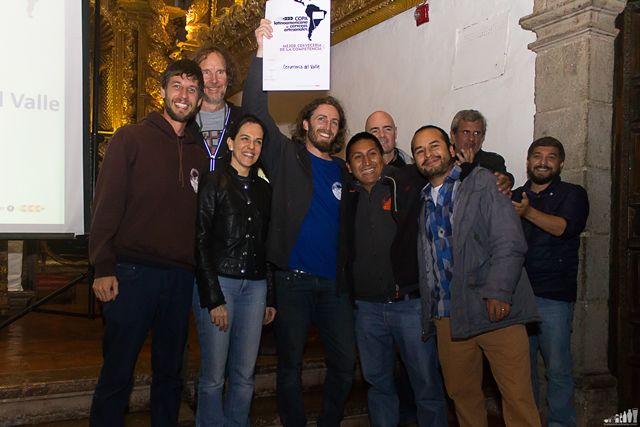 Copa Latinoamericana de Cervezas: El equipo de Cervecería del Valle recibiendo el premio a la mejor cervecería del torneo.