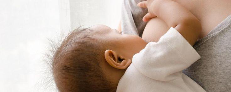 Een lezeres zit met een vraag: binnenkort moet ze weer aan het werk, maar ze  zou graag exclusief borstvoeding blijven geven. Ze werkt bij een  overheidsinstantie en moet dus maandelijks om een attest gaan bij de  huisarts. Maar zal haar melkproductie afnemen? Lactatiekundige Carolien geeft  raad.