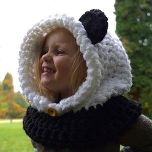 Chunky Panda Cowl