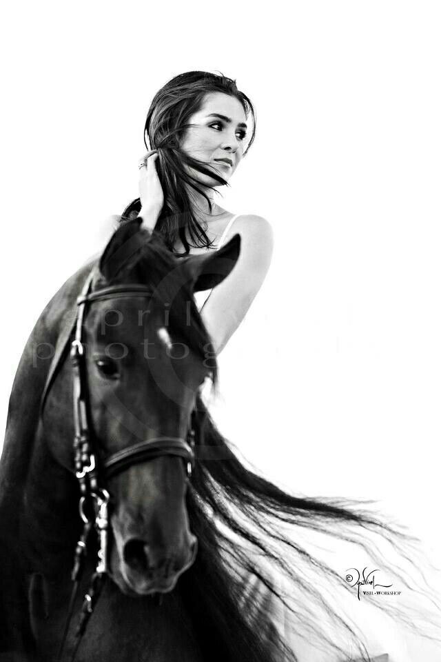 Pin By Fhdg On Horse Horse Girl Photography Horse Photography Poses Horse Photography
