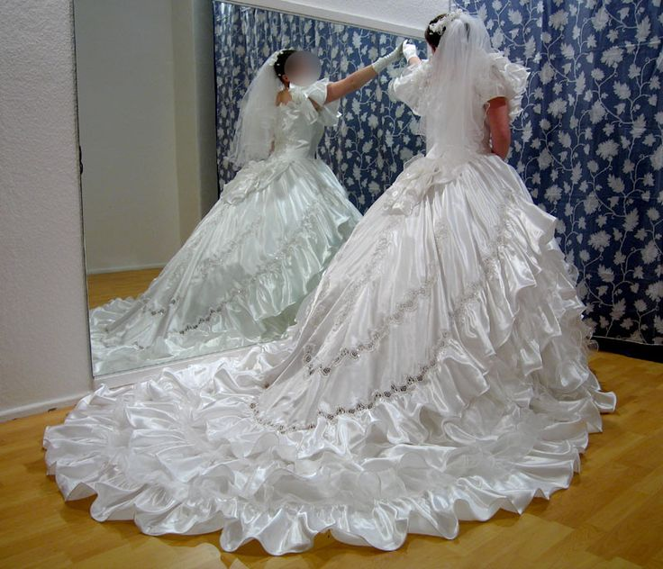 Craziest Wedding Dresses: 17 Best Images About Puffy Sleeves Wedding Dresses Era On
