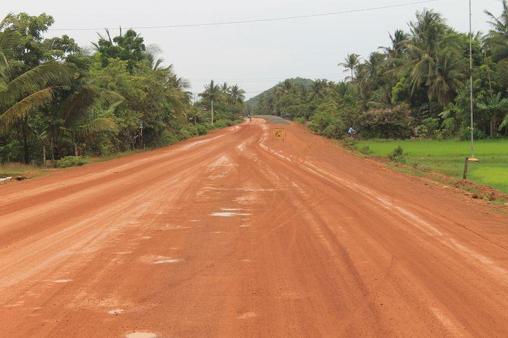 Tu roules, et puis dans 6 heures tu es à #Kampot
