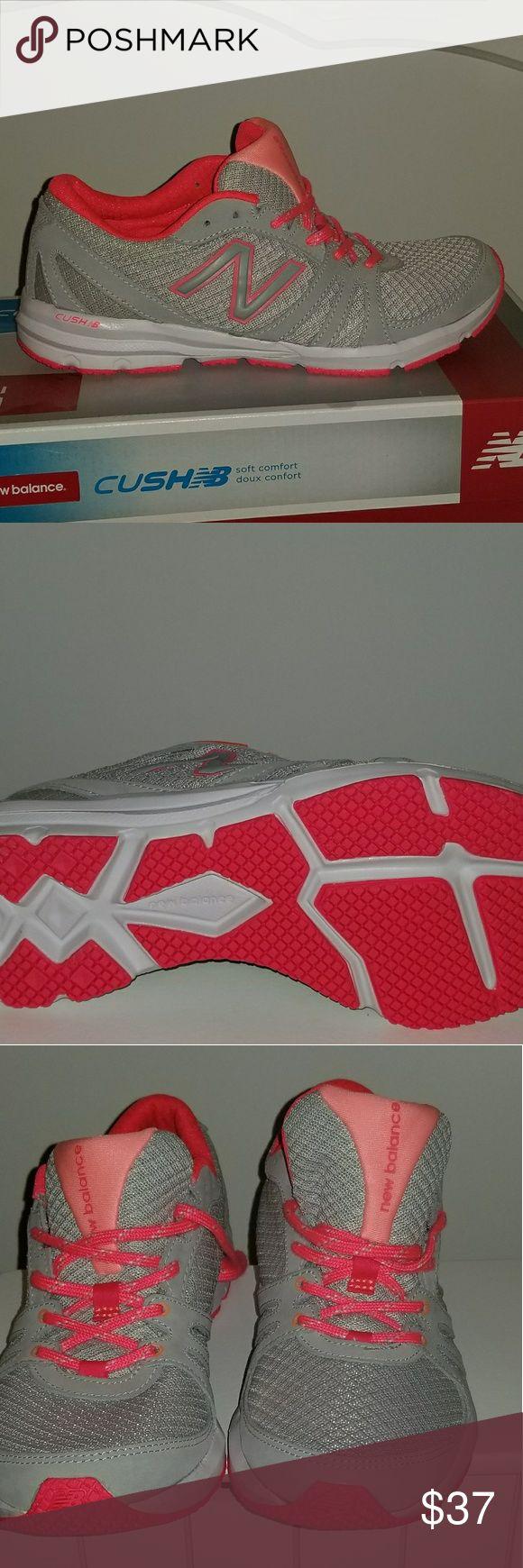 NWOT--New Balance Cush - Ladies Shoe. Size 8.5 NWOT--New Balance Cush - Ladies Training  Shoe. Size 8.5 New Balance Shoes Sneakers