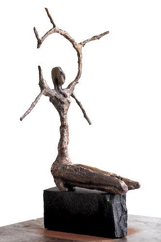 Lasse Nissilä: Solveig, 2013. Bronze. 31x18x16 cm.
