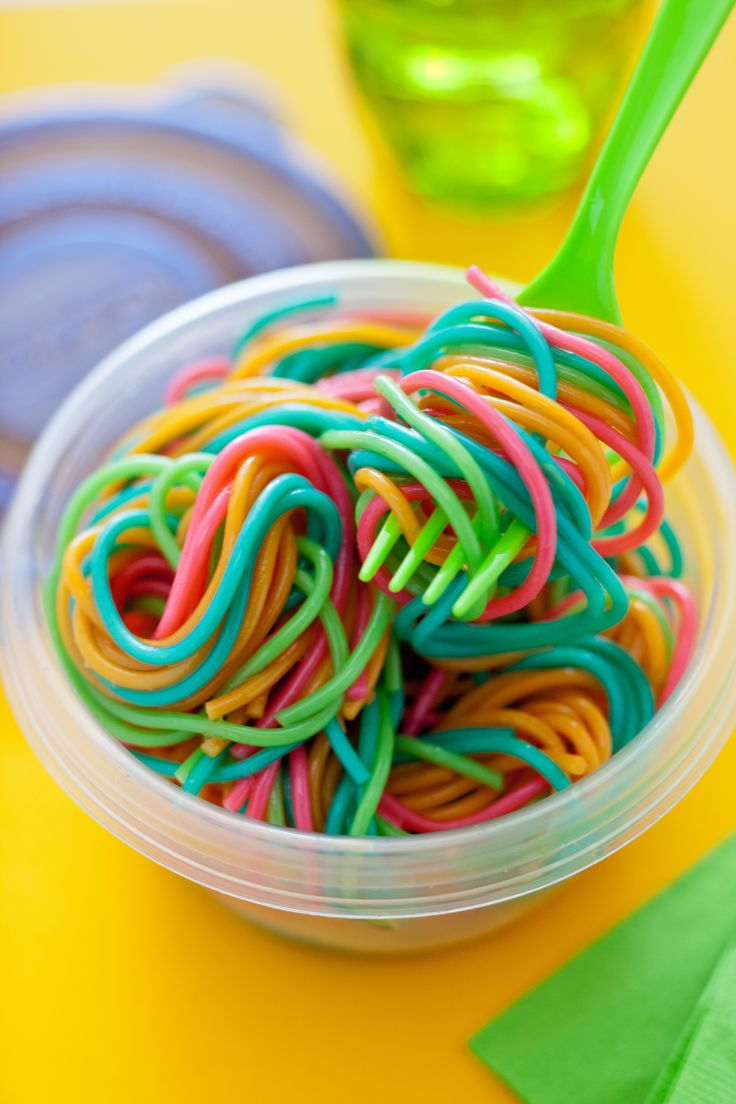 Add food coloring to individual pots of boiling water. Cook pasta as directed, drain and rinse separately. Toss and get ready to swirl. #gladinspiredlunches
