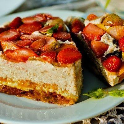 Представляем вам невероятно вкусный сыроедческий чизкейк. Ингредиенты (для большого торта, можно уменьшить количество, если не соби...