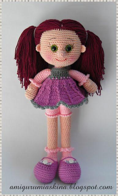 AMİGURUMİ dolls -- twist on a free pattern