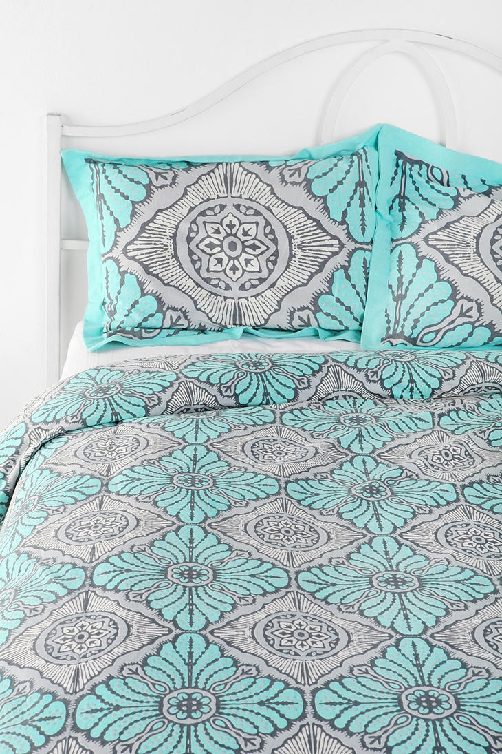 Magical Thinking Bright Star Sham - Set Of 2  #UrbanOutfitters