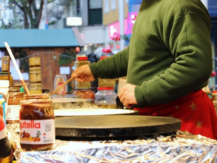 Crepe-making, Christmas Market, Worms
