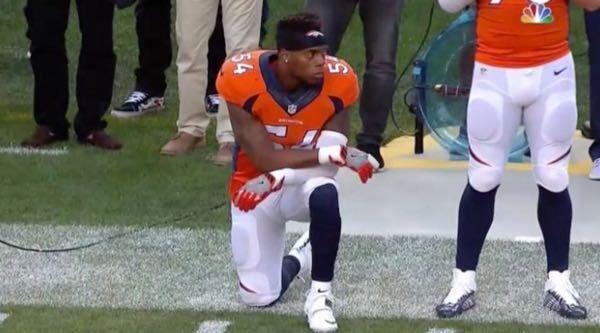 Brandon Marshall loses endorsement after kneeling for national anthem - http://www.truesportsfan.com/brandon-marshall-loses-endorsement-after-kneeling-for-national-anthem/