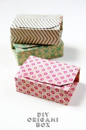 Hacer estas rectangulares Diy Cajas de Origami a partir de una sola hoja de papel.  Perfecto para celebrar sus regalos hechos a mano.