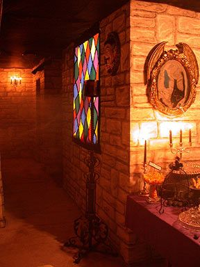 nice stained glass and wall decorating