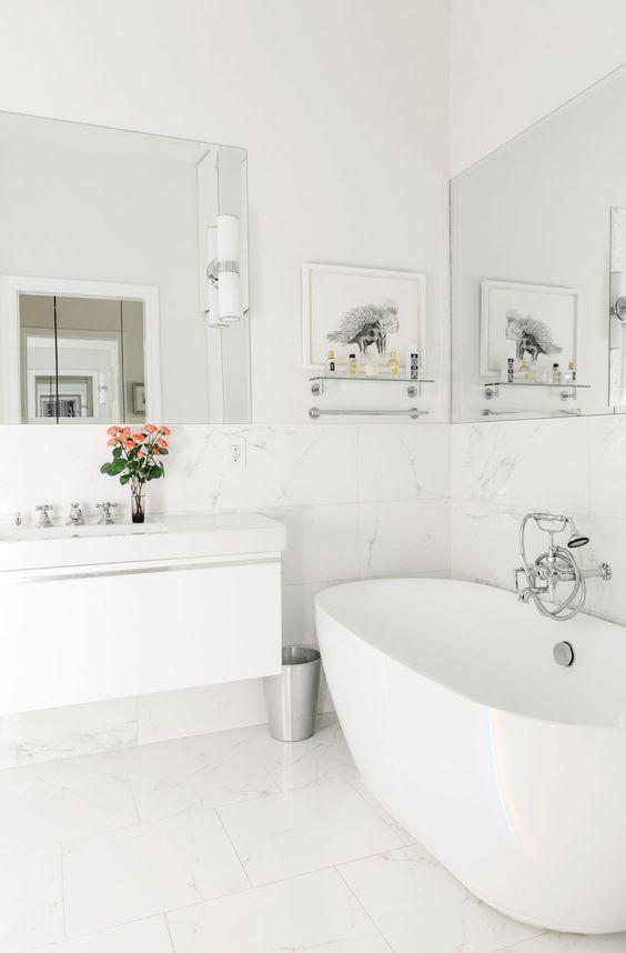 25 beste idee n over witte badkamers op pinterest familie badkamer witte tegels in de - Deco witte tegel ...