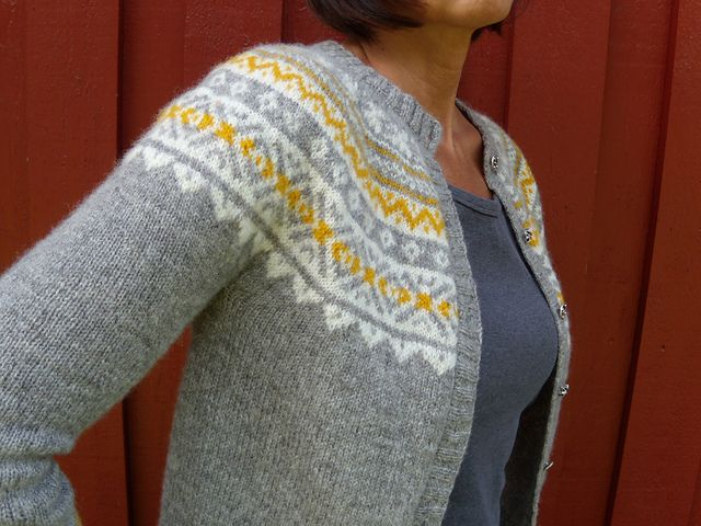 "Ravelry: Project Gallery for 116-9 Short sleeved jacket in ""Alpaca"" with raglan sleeves and Norwegian pattern pattern by DROPS design"