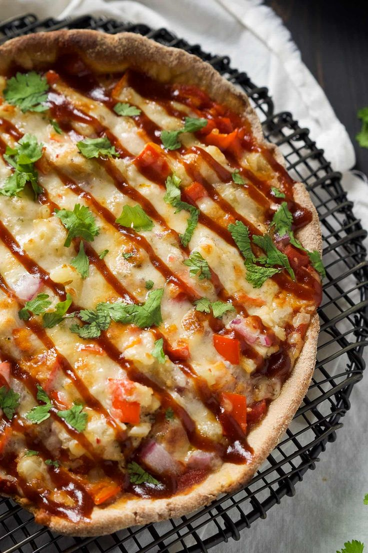 Cast Iron Skillet Chipotle BBQ Chicken Pizza is our new favorite way to make…