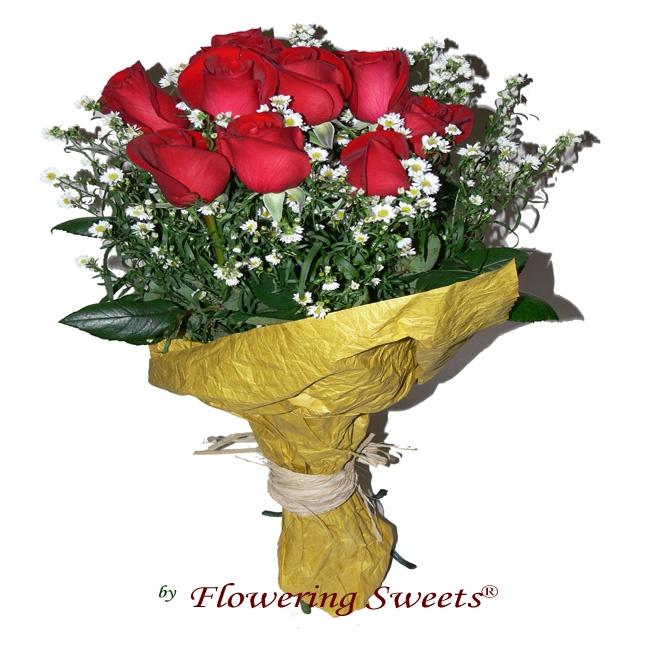 Doce Noches    Un tradicional pero encantador ramo de Doce Rosas Rojas Premium.