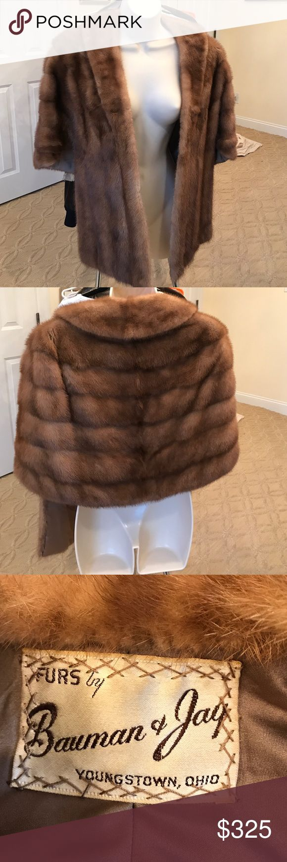 ❤️PRICED TO SELL. Gorgeous mink stole ❤️PRICED TO SELL. Gorgeous vintage mink stole. Jackets & Coats Capes