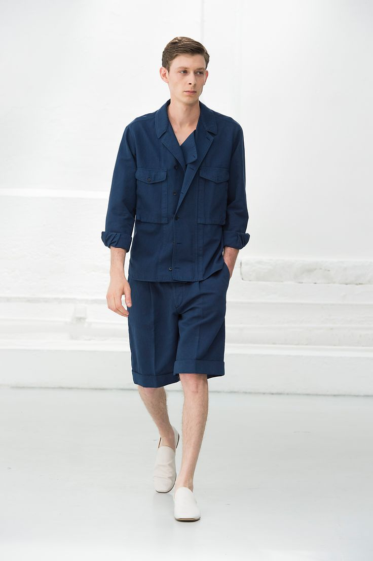 14. Field shirt and shorts in washed cotton linen gabardine / Loafers in calfskin leather