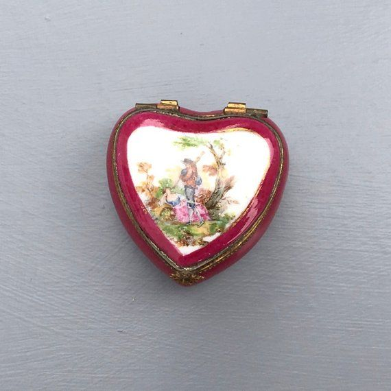 Limoges Heart Shaped Trinket Box French Porcelain Box Etsy Heart Shape Box Trinket Boxes Unique Items Products