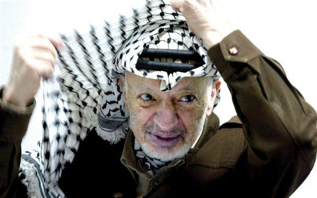 Palestinians begin work to open Yasser Arafat's grave - Telegraph