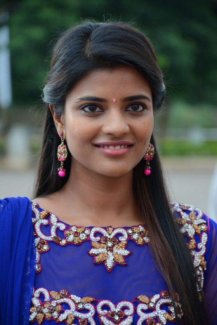 New Tamil Actress Wallpapers Free Download Group 7