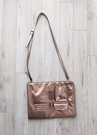 Kup mój przedmiot na #vintedpl http://www.vinted.pl/damskie-torby/torby-na-ramie/16254387-listonoszka-w-kolorze-rozowego-zlota-z-odpinanym-uchem