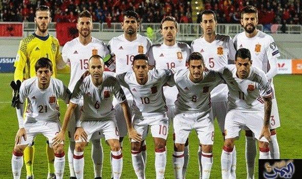 لاعبو إسبانيا سيحصلون على 800 ألف يورو في حالة الفوز في كأس العالم Sports Sports Jersey Baseball Cards
