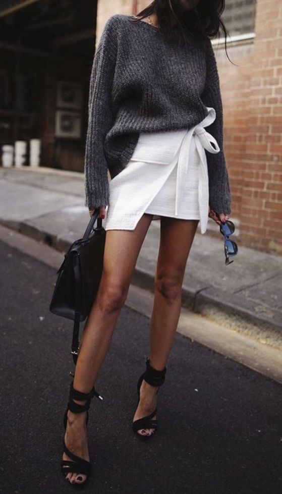 grey, black and white. knit. wrap mini skirt. sandals. street style.