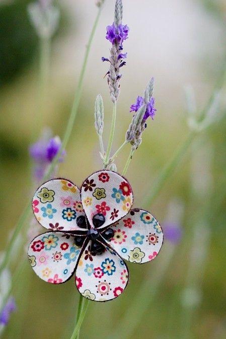 beaded flower • sillasoup