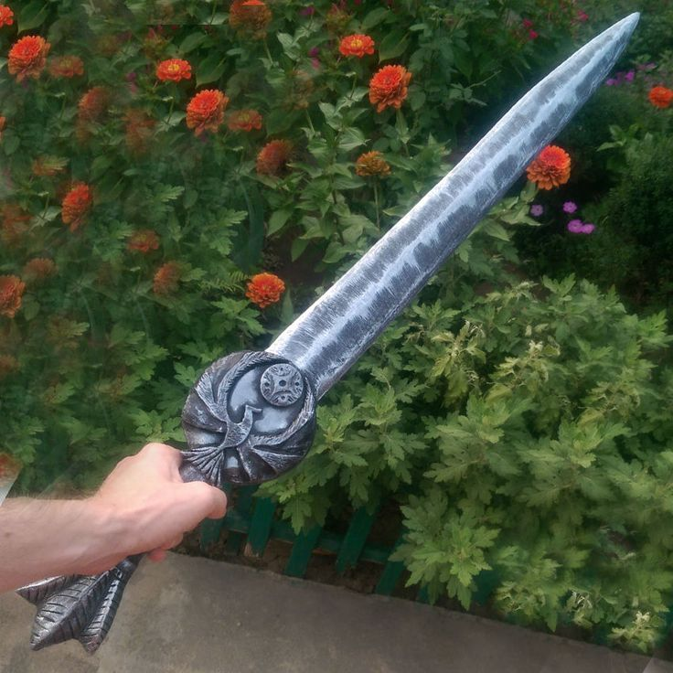 Nightingale Blade / Inspired TES V / Skyrim / Elder Scrolls / steel sword / Dragon / Cosplay /Unofficial / Prop Weapon /. The blade has a comfortable weight. They are very comfortable to swing. In the hand it feels like a real blade. | eBay!