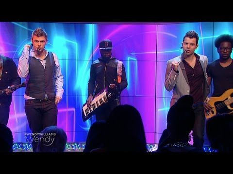"Nick Carter & Jordan Knight Perform ""Switch"""
