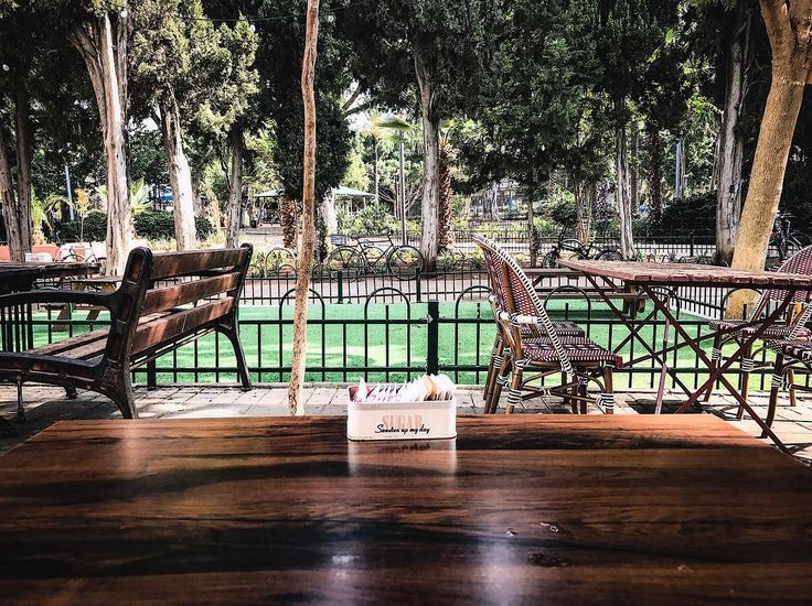 (A)symmetry.  #tlv #telaviv #tlvculture #tlvcity #tlvdaily #sky #telavivian #telavivcity #telavivstyle #israel #israeli #israel_pics #israel_best #tlv_daily #street #architecture #urban #coexist #urbanphotography #middleeastern #middleeast #urbanism #architecturephotography #Mediterranean #streetphotography #urbanlife #urbanart #streetstyle #streetview #urbanocity