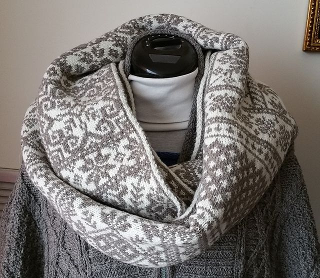 264 best Knitting--Scarves and Cowls images on Pinterest | Boleros ...
