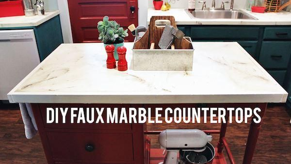 Here's how you can fake the look of marble countertops for next to nothing with just paint: http://livewelln.co/1rHCuoa