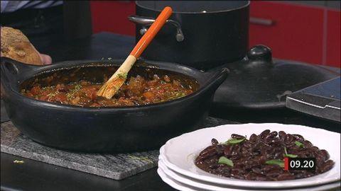 Bruna bönor på flera sätt | SVT recept