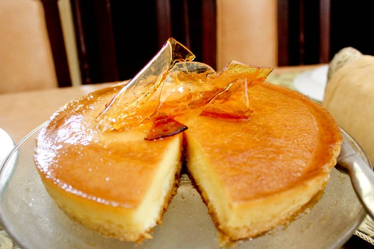 Custard Cake: A culinary accidental discovery! I made a caramel glass by melting some white sugar and peeling it off the cooking pan, wow! I wonder if I would be able to do this again haha.