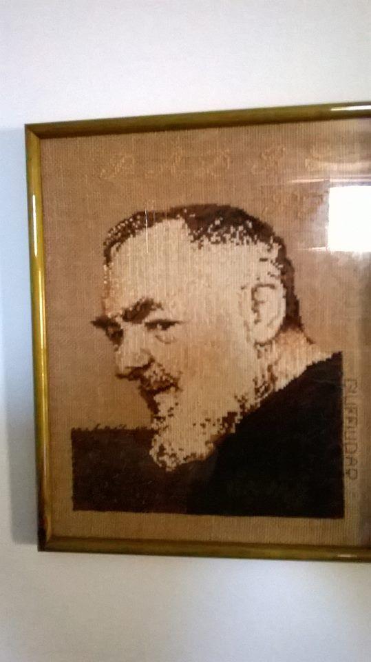 Padre Pio fatto a punto croce