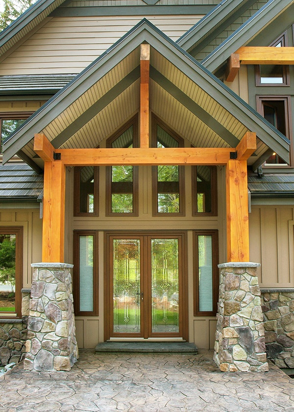 Exposed timber covered entrance for a refined rustic touch