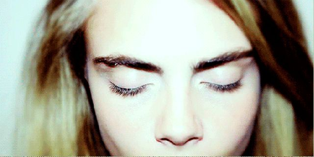 Eyebrow 101: The difference between powder, gel and pencil.