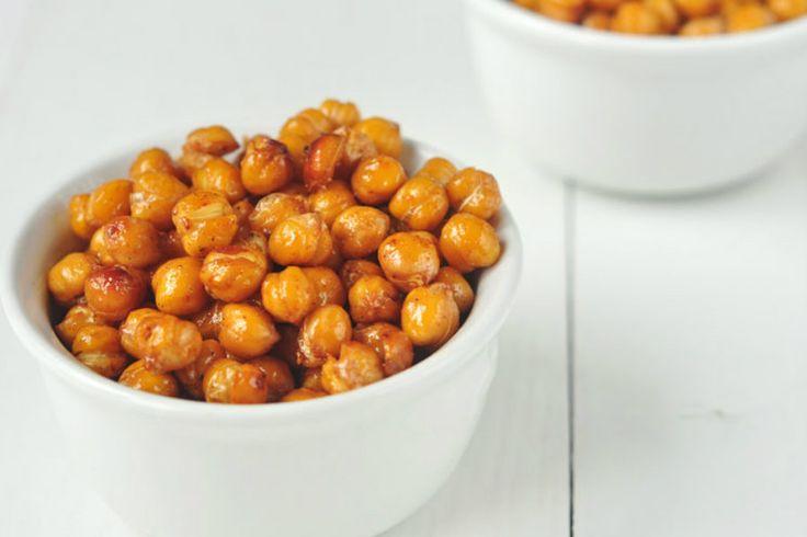 Los garbanzos asados con miel logran el acompañamiento perfecto para cualquier platillo. Esta receta es una combinación de sabores realmente deliciosa.