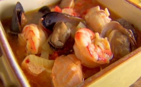 Cioppino: a fine kettle of fish | Recipe by: Rachael Ray