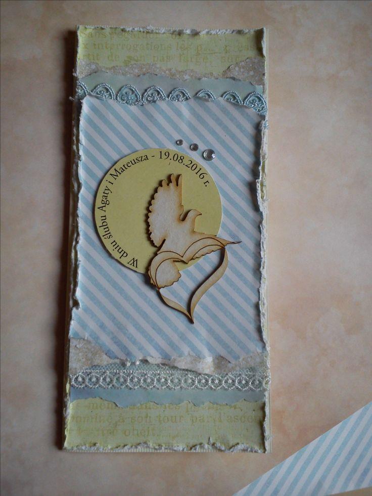 Skromna kartka ślubna z gołębiem.